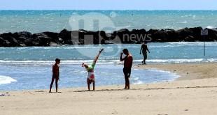 """Divieto di fumo in spiaggia e negli spazi verdi pubblici: Forconi (Fd'I) """"salvaguardare la salute pubblica"""""""