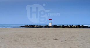 """Spiagge libere a Montesilvano: Di Sante (PRC) """"zero trasparenza, 10 metri ai confinanti"""". Prosegue la protesta dei 'Carrozzati'"""
