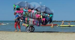Abusivismo in spiaggia a Montesilvano, durante i controlli ammoniti 14 bagnanti