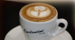 Latte Art per decorare cappuccini e caffè