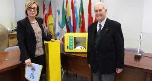 Consegnato al sindaco di Cepagatti un defibrillatore donato dal Lions club Loreto-Penne
