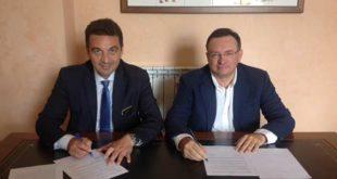 Il sindaco Maragno firma intesa con l'associazione Ambiente e/è vita