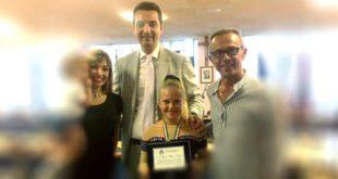 Premiata in Comune a Montesilvano Mariaelena Scurti, vicecampionessa italiana di pattinaggio artistico