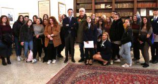 Mattine d'inverno del FAI a Palazzo di Città con gli studenti ciceroni