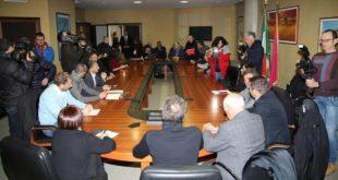 """Ricostruzione sisma 09: Lolli """"uscita dalle priorità del Governo centrale"""", Marcozzi (M5S) replica"""