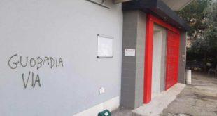 Nuova scritta a Pescara sui muri della Cgil, preso di mira Goubadia