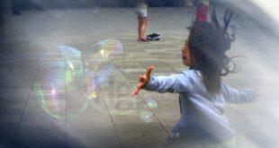 A Pescara sì del Consiglio al primo Regolamento per gli artisti di Strada