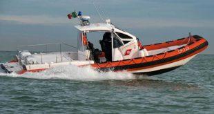 Marittimo accusa malore a bordo di un pescherecciosoccorso da un mezzo della Guardia Costiera