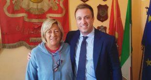 """L'associazione """"Il Sogno di Iaia"""" dona tre defibrillatori al Comune di Giulianova"""
