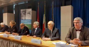 Lotta alla cecità, in Abruzzo visite oculistiche gratuite su tir Hi-tech IAPB