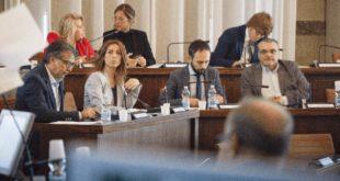 Il Movimento 5 Stelle Pescara presenta una proposta di delibera sull'abbattimento dei materiali plastici