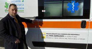 L'Aquila, ambulanza, donata dai consiglieri regionali del M5S da mesi abbandonata. piazzale dell'Ospedale