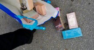Montesilvano, al mercato la polizia locale sequestra profumi contraffatti