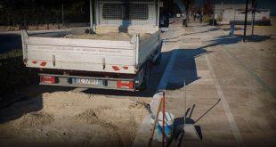 Montesilvano, sul lungomare lavori di pulizia per la sabbia