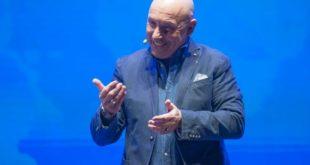 Pescara, sold out in prevendita per lo spettacolo di Maurizio Battista al Teatro Massimo
