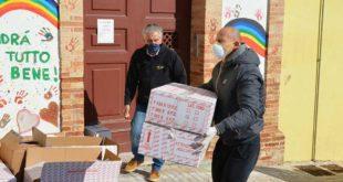 Il Colibrì Onlus dona un gran numero di pacchi alimentari al Comune e all'Istituto Castorani di Giulianova