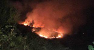 """Città Sant'Angelo, incendio nella notte a """"Colle di Sale"""""""