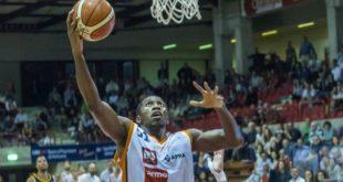 Ihedioha è un giocatore del Chieti Basket 1974