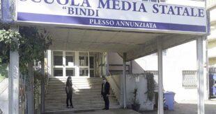 Riapertura delle scuole a Giulianova, l'augurio del sindaco a bambini, dirigenti scolastiche, docenti e genitori