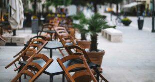 Abruzzo ancora in 'zona rossa', protesta di imprese e sindacati: subito i ristori della Regione