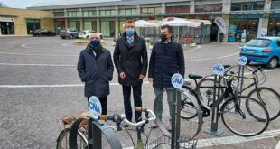 Mobilità green, inaugurati stamattina gli stalli per bici voluti dalla Cna