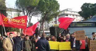 Il Coordinamento regionale UDU-360 gradi di nuovo sotto la Regione Abruzzo per chiedere la copertura delle borse di studio